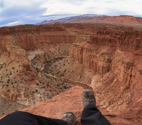 Hanging out 800' over the canyon floor