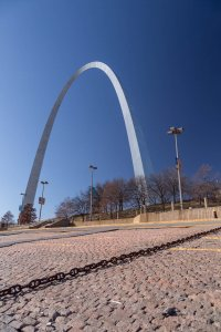 Looking at the Arch from the Mississippi River